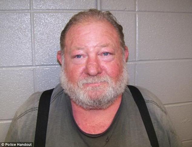 Không muốn con gái đối mặt với kẻ đã lạm dụng mình, ông bố quyết định ra tay xử lý để rồi lĩnh án 40 năm tù - Ảnh 3.