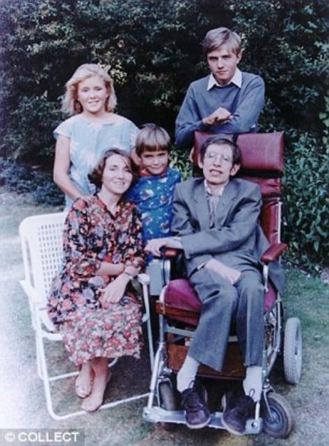 Chuyện tình hợp - tan, tan - hợp đầy cảm động của nhà vật lý thiên tài Stephen Hawking - Ảnh 4.