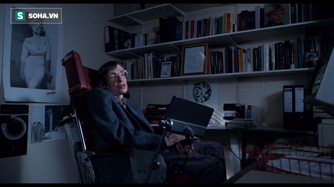 Điều kỳ diệu gì giúp cho thiên tài Stephen Hawking sống thêm 55 năm dù mắc bệnh ALS? - Ảnh 2.