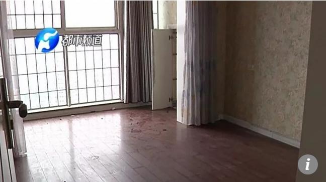 Đi vắng 3 tháng, nữ chủ nhà chết lặng khi trộm khoắng sạch đồ, hàng xóm không hay biết - Ảnh 1.
