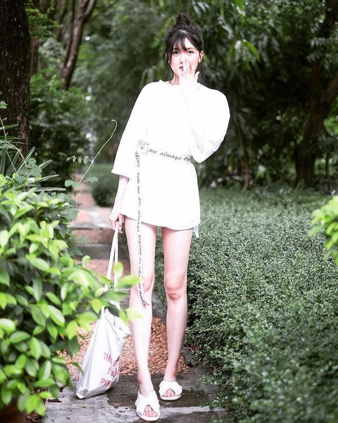 Hơn cả nhan sắc, vòng eo con kiến mới là thứ khiến dân tình trầm trồ về hot girl Thái Lan - Ảnh 7.