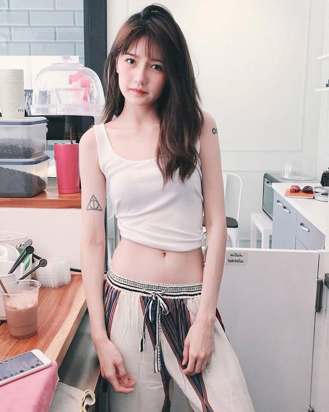 Hơn cả nhan sắc, vòng eo con kiến mới là thứ khiến dân tình trầm trồ về hot girl Thái Lan - Ảnh 9.
