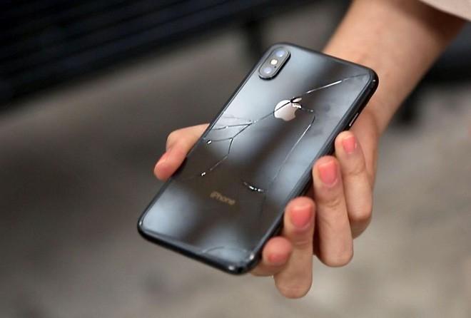 Doanh số iPhone X sẽ là tiếng chuông báo tử cho các điện thoại đắt tiền - Ảnh 2.