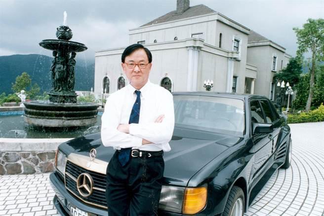 Cuộc sống toàn siêu xe, biệt thự của ông trùm phim võ thuật mà Thành Long, Hồng Kim Bảo đều nể sợ - Ảnh 5.