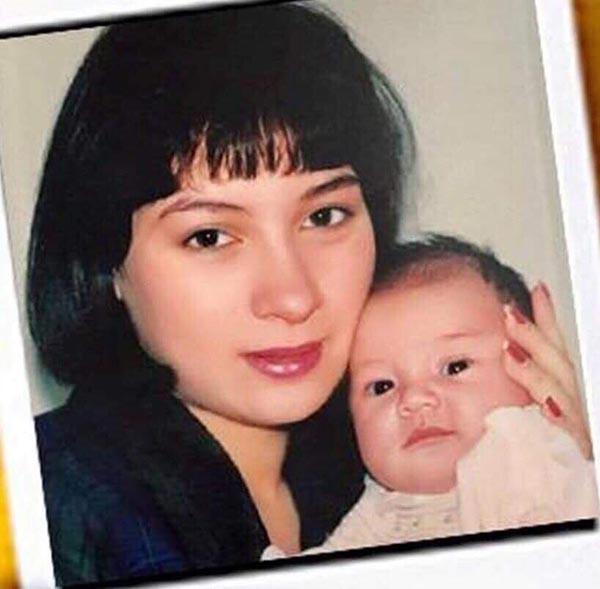 Hình ảnh dễ thương thuở nhỏ của con gái ruột Phi Nhung - Ảnh 3.