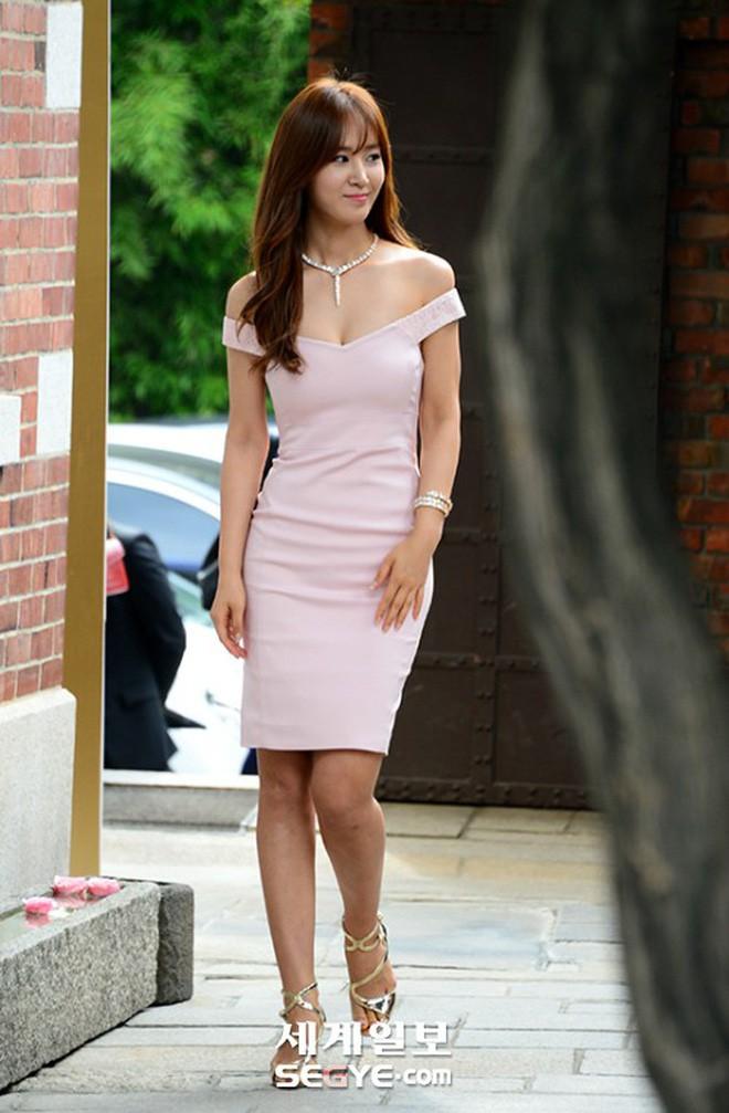 Xu hướng đang được idol nữ Kpop ưa chuộng: Không cần quá nóng bỏng, nhưng thân hình phải chuẩn như chai cô ca - Ảnh 18.