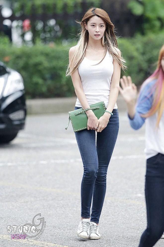 Xu hướng đang được idol nữ Kpop ưa chuộng: Không cần quá nóng bỏng, nhưng thân hình phải chuẩn như chai cô ca - Ảnh 22.