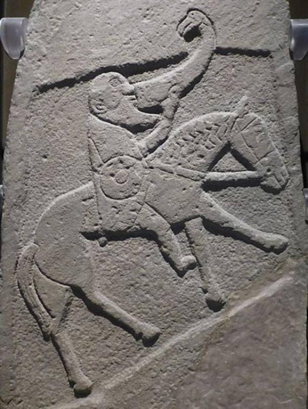 13 kho báu có phép màu trong thần thoại của nước Anh - Ảnh 3.
