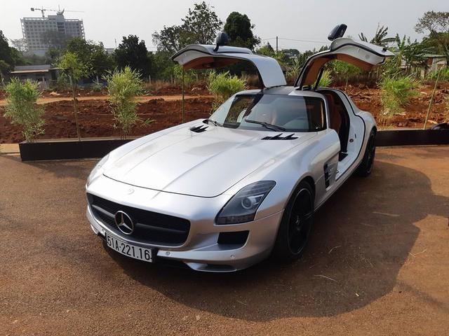 Ông trùm cafe Trung Nguyên trưng bày dàn siêu xe, xe siêu sang tại Buôn Ma Thuột - Ảnh 7.