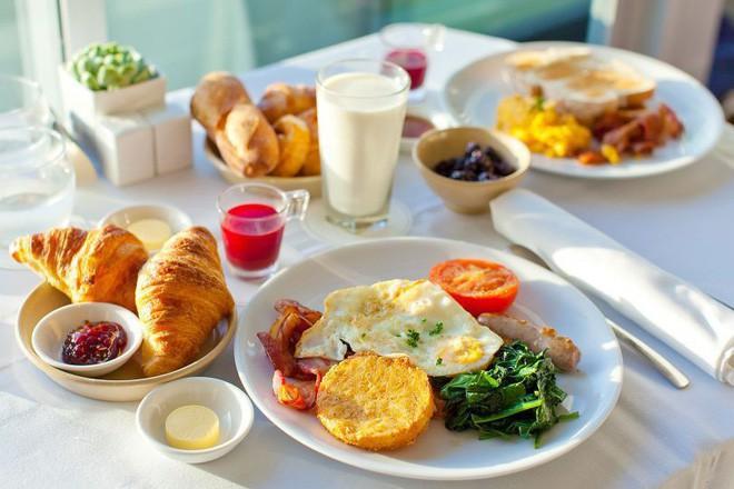Sai lầm trong thói quen ăn uống khiến bạn dễ mắc bệnh tiểu đường - Ảnh 1.