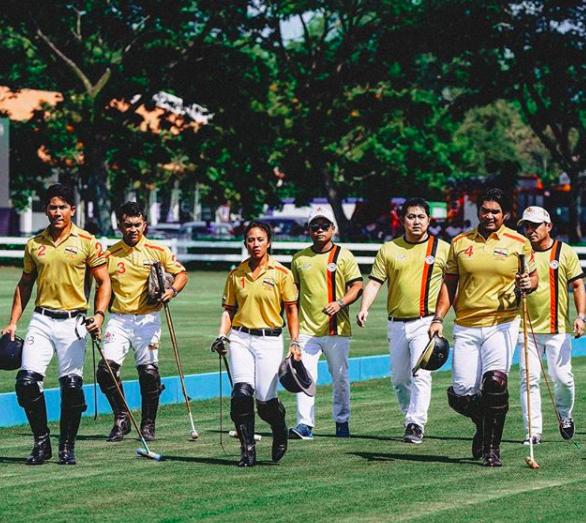 Thêm những hình ảnh mới về cuộc sống hoàn hảo của cực phẩm hoàng tử Brunei - Ảnh 11.