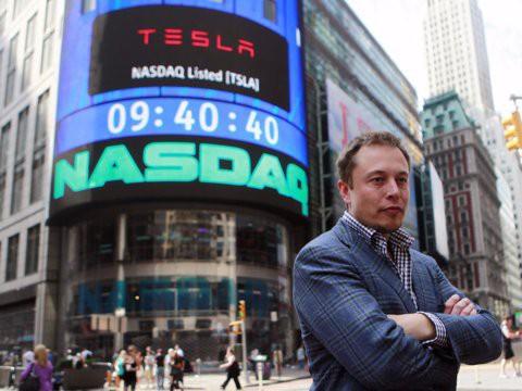 Hành trình kiếm tiền hơn 30 năm của Elon Musk: 12 tuổi tự học lập trình, không ngại lao động chân tay, build PC phục vụ sinh viên khác - Ảnh 9.
