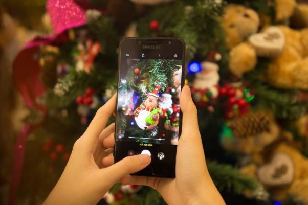 Galaxy J7+, chiếc smartphone mở đầu kỷ nguyên cameraphone trong phân khúc tầm trung - Ảnh 1.