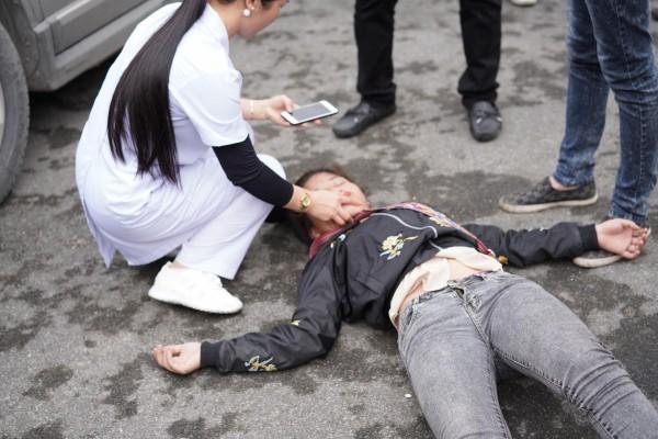 Cô gái ngất xỉu khi tiễn người yêu đi lính: 'Tôi suy sụp tinh thần, nhiều ngày không ăn uống' - Ảnh 2.