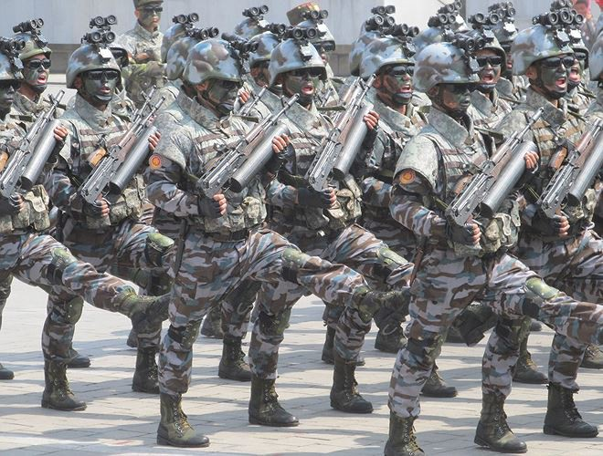 Súng bộ binh của Quân đội Triều Tiên: Những điều ngạc nhiên và ấn tượng - Ảnh 3.