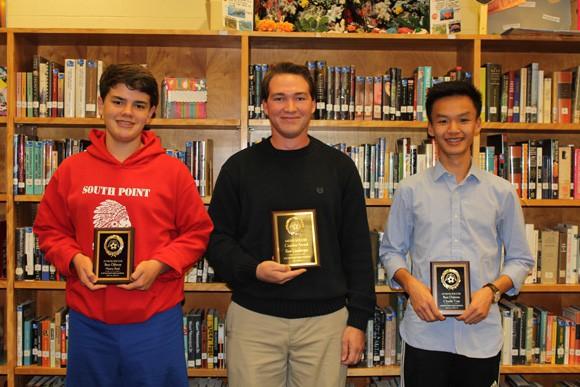 Nam sinh 17 tuổi gốc Việt nhận học bổng toàn phần danh giá tại Mỹ - Ảnh 1.