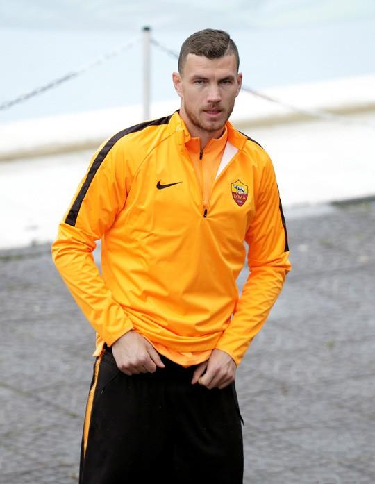 HLV Roma vẫn tin vào phép mầu trước Barcelona - Ảnh 1.