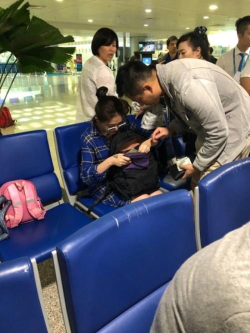 Lộ ảnh Từ Hy Viên dưỡng thai cùng chồng con ở Việt Nam - Ảnh 1.