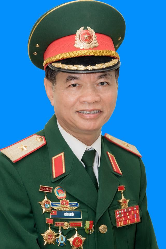 Thiếu tướng Hoàng Kiền: Vụ tấn công của Mỹ-Anh-Pháp đã bị bẻ gẫy - Thắng lợi của Nga và Syria - Ảnh 1.
