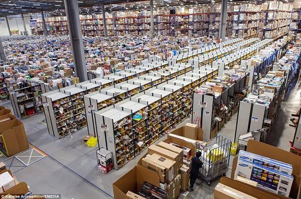 Nhiều nhân viên có ý định tự tử sau khi gia nhập hãng bán lẻ Amazon? - Ảnh 2.