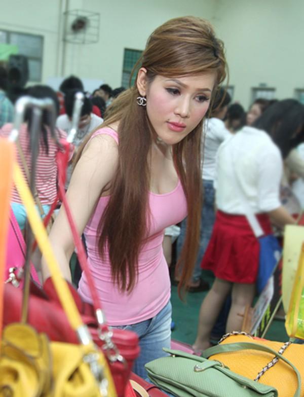 Cận cảnh gương mặt mới của Maria Đinh Phương Ánh: Ngỡ ngàng vì giống hệt búp bê - Ảnh 6.