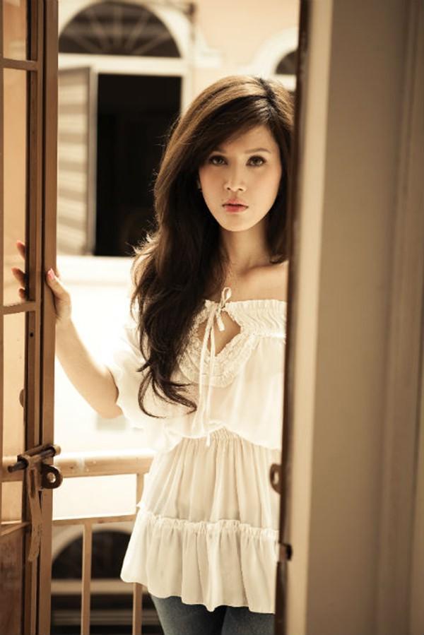 Cận cảnh gương mặt mới của Maria Đinh Phương Ánh: Ngỡ ngàng vì giống hệt búp bê - Ảnh 1.