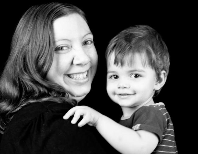 Nhìn con vui vẻ bước vào nhà giữ trẻ, mẹ không nghĩ vài giờ sau nhận hung tin từ cô giáo - Ảnh 2.