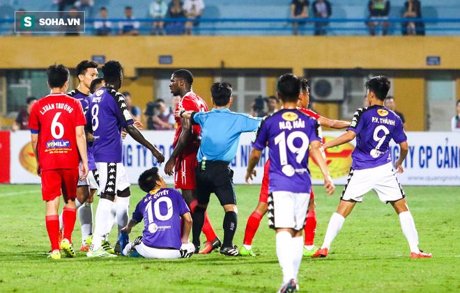 Bầu Đức bỏ V.League, HLV Park Hang-seo sẽ là người vỗ tay đầu tiên? - Ảnh 3.