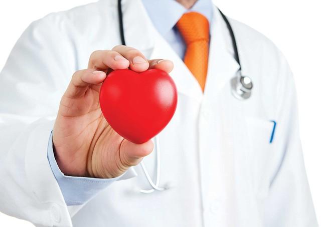 Những thói quen tồi tệ dễ gây bệnh tim mạch ai cũng mắc phải mà không hay biết - Ảnh 1.