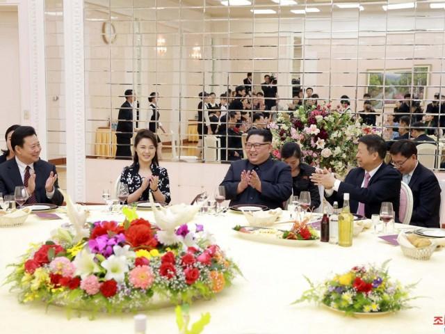 Treo ảnh chân dung ông Tập Cận Bình, Triều Tiên muốn được Trung Quốc chống lưng? - Ảnh 12.