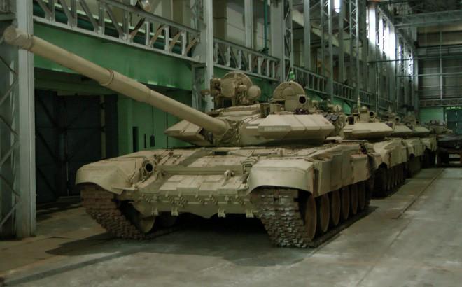 Nga công bố thời gian hoàn thành hợp đồng cung cấp xe tăng T-90 cho Việt Nam - Ảnh 1.
