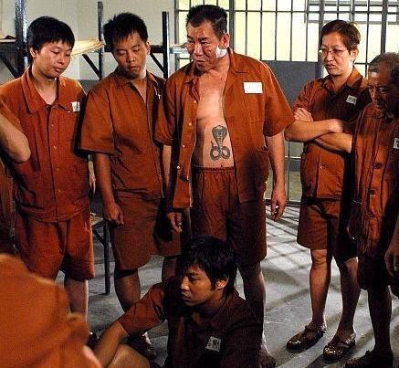 Cuộc sống cơ cực ở tuổi 64 của ác nhân màn ảnh Hong Kong - Ảnh 1.