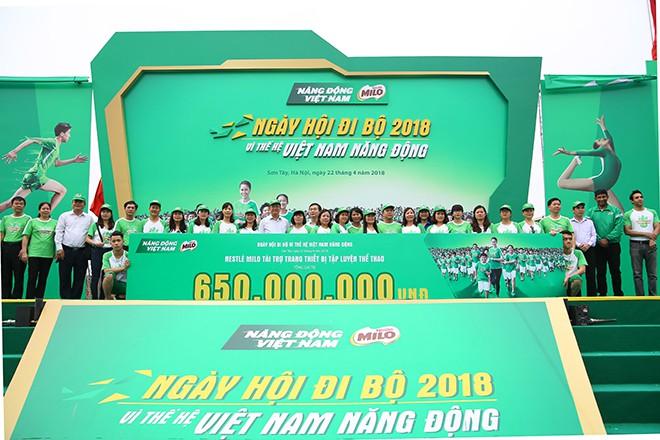 Vì thế hệ Việt Nam năng động, hơn 20.000 người phủ kín đường - Ảnh 5.