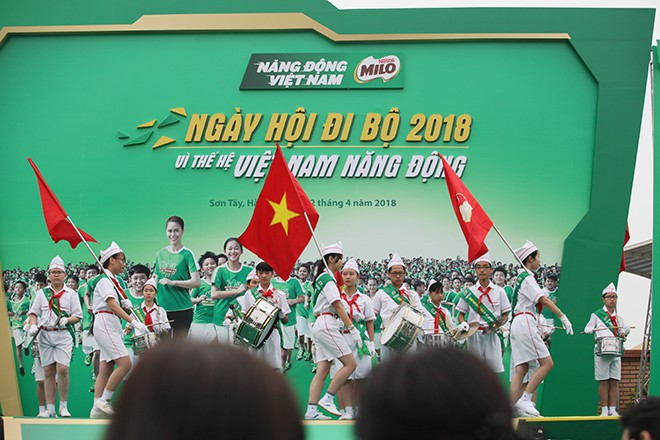 Vì thế hệ Việt Nam năng động, hơn 20.000 người phủ kín đường - Ảnh 2.