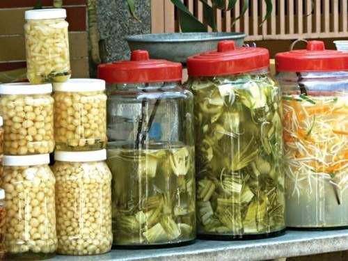 Căn bệnh ung thư xếp hàng thứ tư ở Việt Nam - thủ phạm liên quan chặt chẽ tới dinh dưỡng - Ảnh 2.