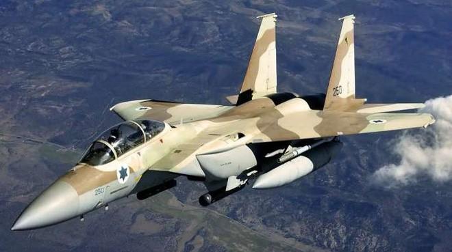 Tình huống trớ trêu: Tên lửa S-300 Syria sẽ phải đi trốn trước đòn hủy diệt của Israel? - Ảnh 1.