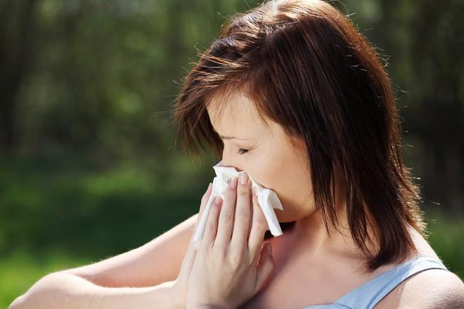 Hơi thở có mùi là dấu hiệu cảnh báo vấn đề sức khỏe gì? - Ảnh 3.