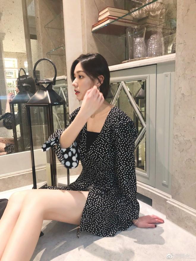 Cuộc sống giản dị của ái nữ xinh đẹp nhà tỷ phú xe hơi hạng sang duy nhất ở Trung Quốc - Ảnh 25.