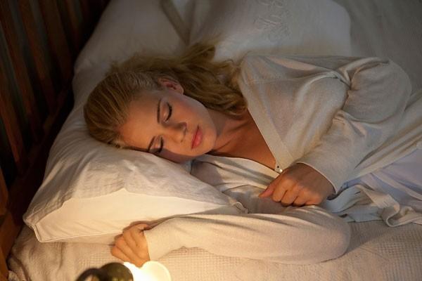 5 dấu hiệu bất thường trong lúc ngủ cảnh báo sức khỏe đang xuống cấp trầm trọng - Ảnh 2.