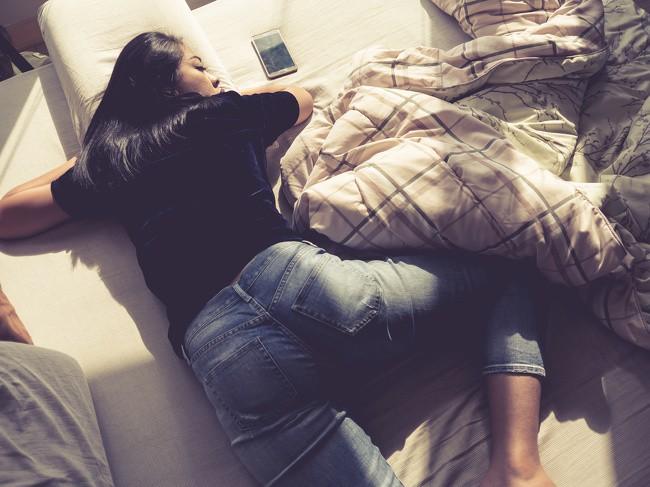 11 lời khuyên giúp bạn có được giấc ngủ ngon, sâu giấc và dễ dàng hơn - Ảnh 3.