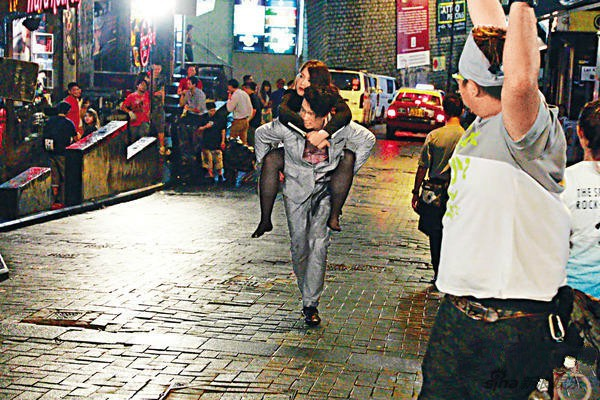Chuyện đời Hoa hậu Trung Quốc 2 lần lộ ảnh nóng: Bị TVB hắt hủi vì quá béo, nay tìm được chân ái bên chồng đại gia - Ảnh 14.