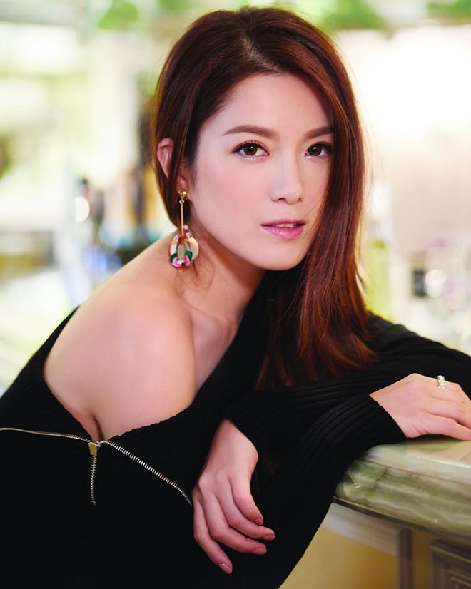 Chuyện đời Hoa hậu Trung Quốc 2 lần lộ ảnh nóng: Bị TVB hắt hủi vì quá béo, nay tìm được chân ái bên chồng đại gia - Ảnh 20.