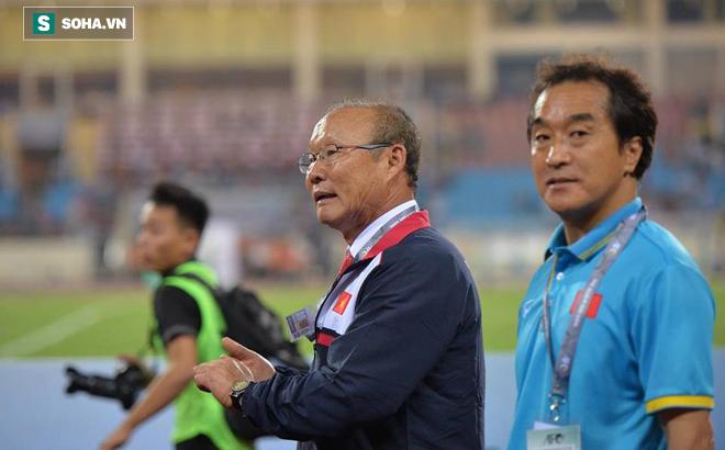 Cầu may ở sân chơi châu Á, VFF tung 2 nhân vật đỏ nhất làng bóng Việt Nam dự lễ bốc thăm - Ảnh 1.