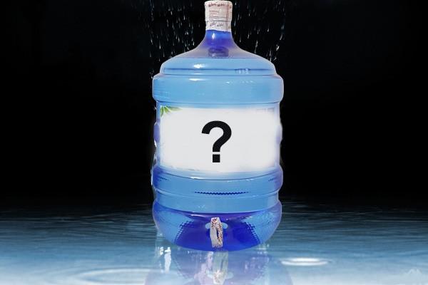 PGS Trần Hồng Côn chỉ thẳng ra sự cẩn thận ngốc nghếch khi dùng nước đóng chai - Ảnh 5.