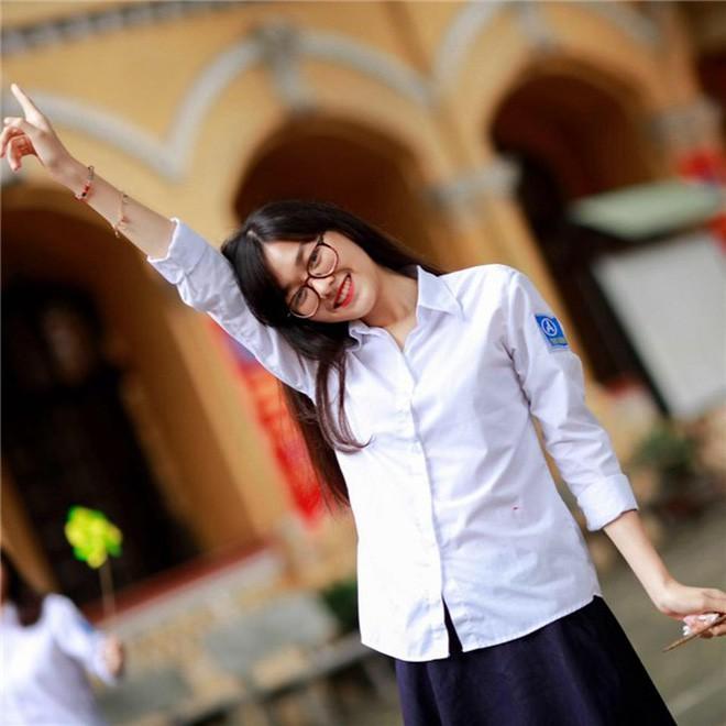 Cao 1m70, sở hữu thần thái vô cùng đỉnh - hot girl mới của trường Phan Đình Phùng! - Ảnh 3.