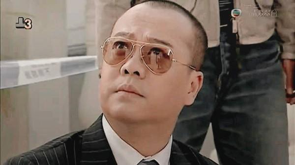 Âu Dương Chấn Hoa: Dù ai nói ngược nói xuôi, anh vẫn là 'ông vua' của màn ảnh nhỏ TVB - Ảnh 10.
