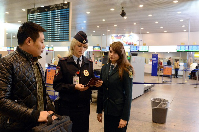 9 bí mật không bao giờ được tiết lộ này cho thấy bạn chẳng thể nào qua mắt được nhân viên sân bay - Ảnh 2.