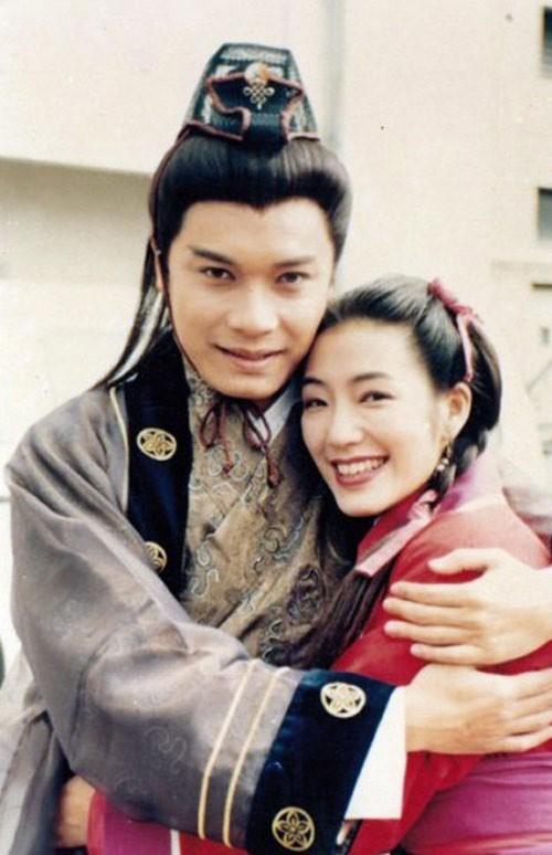 """Dàn sao Anh hùng xạ điêu 1994 sau 24 năm: """"Hoàng Dung"""" day dứt mối tình với Châu Tinh Trì, """"Quách Tĩnh hạnh phúc hôn nhân viên mãn khiến nhiều người ghen tị - Ảnh 13."""