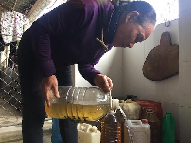 Vụ giếng nước biến thành giếng dầu: Doanh nghiệp và người dân tổ chức đối thoại - Ảnh 6.