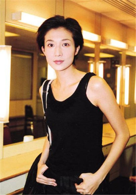 Hoa hậu châu Á và cuộc sống đau đớn vì Thành Long bỏ rơi, con gái nổi loạn - Ảnh 3.